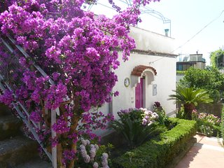 Villa Ravello Grecamore main entrance