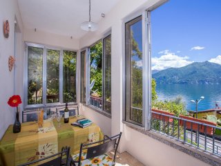 Apartment Overlooking Lake Como Near Menaggio  - Juliette