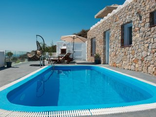 Dream Villa Santorini for 4, Private Pool, Aegean Sea View