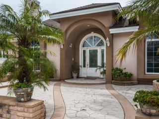 Best Priced 3 Bedroom House Steps From Beach Pet Friendly