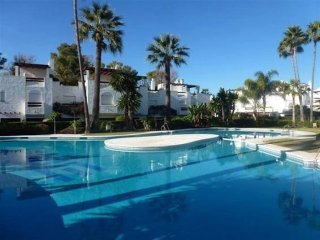 Marbella - 4 Bedroom 3.5 Bathroom House close to Beach