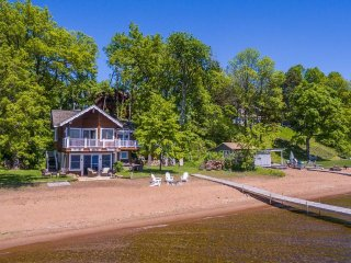 Vacation Rental on Gull Lake near Grandview Lodge