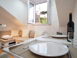 Mouraria Apartments #4E
