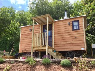 Little Idyll, Maybee Glamping Luxury Shepherds Hut