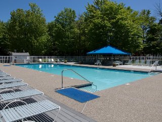 Bridges Resort condo w/ 3 shared pools, gym, tennis, & more. Near ski slopes!
