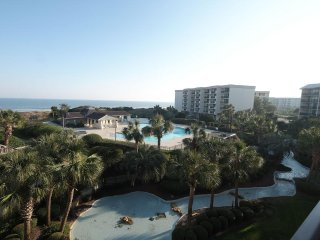Sandpiper C 3C - 3BR/3BA Ocean View Condo at Litchfield by The Sea