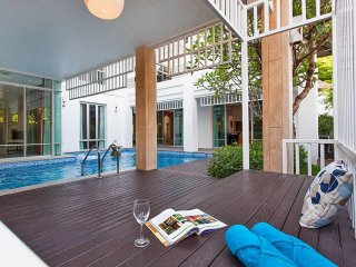⭐Nagawari 9 | Modern 6BR w/ Pool 5 min to Beach