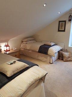 Twin room with optional Z bed to sleep 3