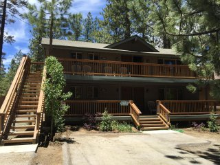 Big Bear Lake Lower Unit Steps to Snow Summit
