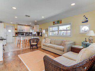 Adorable! Newly Renovated! Close to Beach Parking- 4 Badges Point Pleasant beach