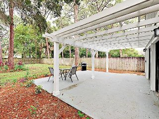 Totally Renovated 3 Bedroom, Dog Friendly Home