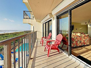 2BR Absolute Oceanfront w/ Balcony, Pool, & Hot Tub – Direct Beach Access