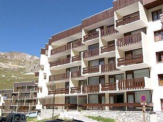 2 bedroom Apartment in Tignes, Savoie   Haute Savoie, France : ref 2056539