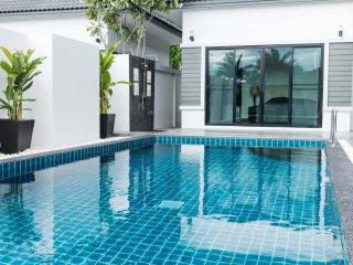 Pool Villa Pak Nam Pran