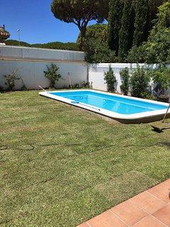 Casa Ma Auxiliadora, playa la barrosa, con piscina privada, 10 personas
