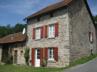 Dog-friendly stone house in rural French village - Sleeps 6