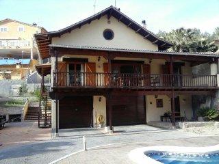Casa APRIL