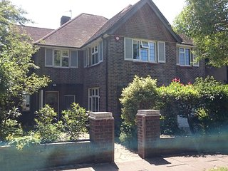 Gorgeous Brighton & Hove Detached Home Rental