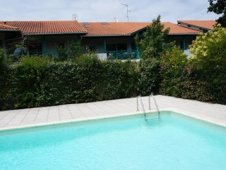 4 Star Apartment : Exclusive, Idyllic, Close to Nature, Pool, South France Coast
