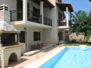 A stone house Villa located in charming village Xiro Chorio, 5 km from Rethymo