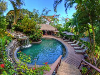 Mirador Escape - In Tulemar Resort - Personal Concierge, 4 Pools, Secluded Beach