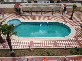 Apartamento con encanto y piscina
