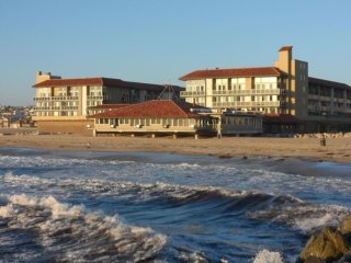 Luxury Ocean front with view!  2bd/2ba Redondo Beach!