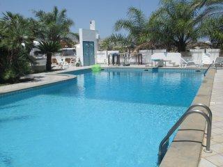 Piccolo resort con piscina...relax e tranquillità
