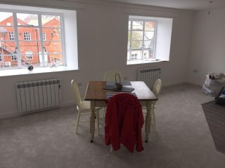 Lovely central Apartment with Parking in the heart of Bridport