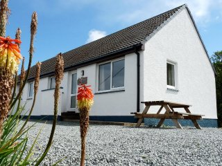 Alan's House, semi-detached cottage overlooking Staffin Bay