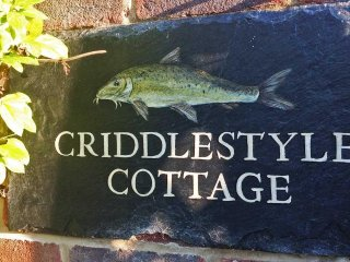 New Forest - Criddlestyle Cottage  5 bedrooms