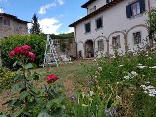 una villa del settecento nelle colline Toscane