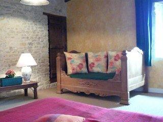 La Ferme Manoir Saint Barthelemy  Chambre de charme 2-4 personnes