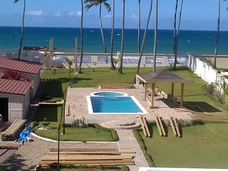 Beachfront 8bed luxury oceanfront villa near Cabarete for rent
