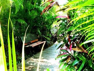 Hotel de charme, Les Bougainvilliers, à 2 pas du lagon