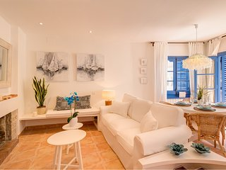 Charming Ibiza apartment in Sitges