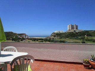 Apartament Mar, Golf e Montanha