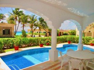 Casa Miramar - Stunning ocean view house for 10!