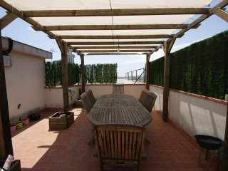 El Mirador. Apartment for 4 people with terrace and bbq