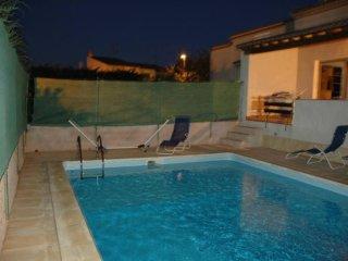 Villa w/ private pool in Agde for 6