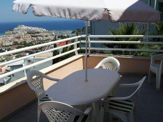 Apartamento Avd. Grecia. Vistas impresionantes