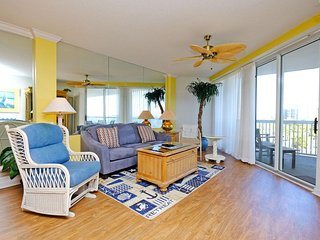 Paget 302, 3BR/3BTH, Condo with partial Ocean Views