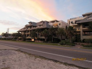 Rates lowered. Amazing Gulf view. Just steps from the beach. Sleeps 8!