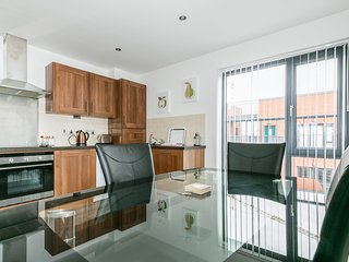 Luxury Penthouse 2 Bed Apartment In City Centre (Cathedral Quarter)