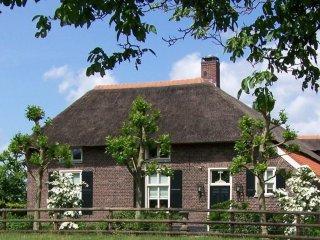 B&B Farmhouse de Loksheuvel 100% natuur, rust, luxe, wellness, fietsen, wandelen