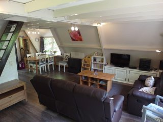 Chalet, Durbuy, free wifi and swimming pool