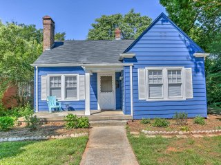 New! 'The Blue House' 2BR Greensboro House w/Deck!