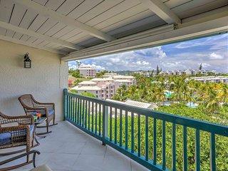 Take in vistas on the balcony at this 3-bedroom, 3-bath condo!