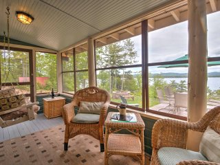 Lakefront Ossipee Cottage w/Screened Porch & Deck!