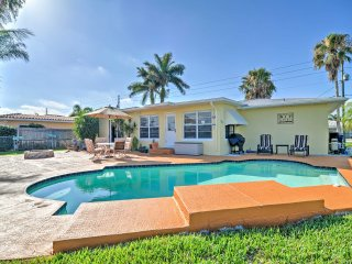 New! 2BR Treasure Island Waterfront House w/ Pool